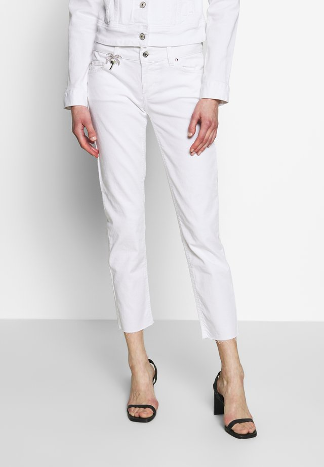NEW IDEAL - Jeansy Skinny Fit - bianco ottico
