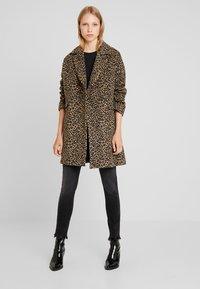 Liu Jo Jeans - CAPPOTTO WIDE - Classic coat - sweet caramel - 1