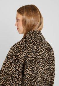 Liu Jo Jeans - CAPPOTTO WIDE - Classic coat - sweet caramel - 3