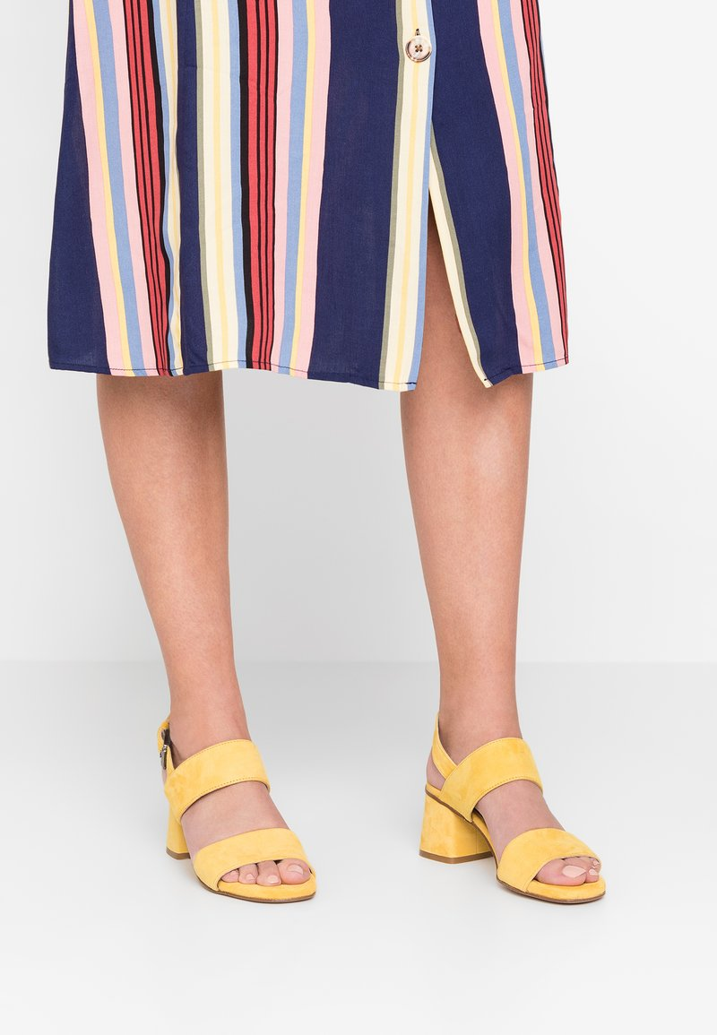 Lamica - ANDIA - Sandals - giallo