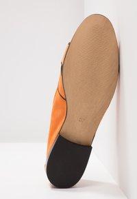 Lamica - NEVE - Loafers - orange - 6