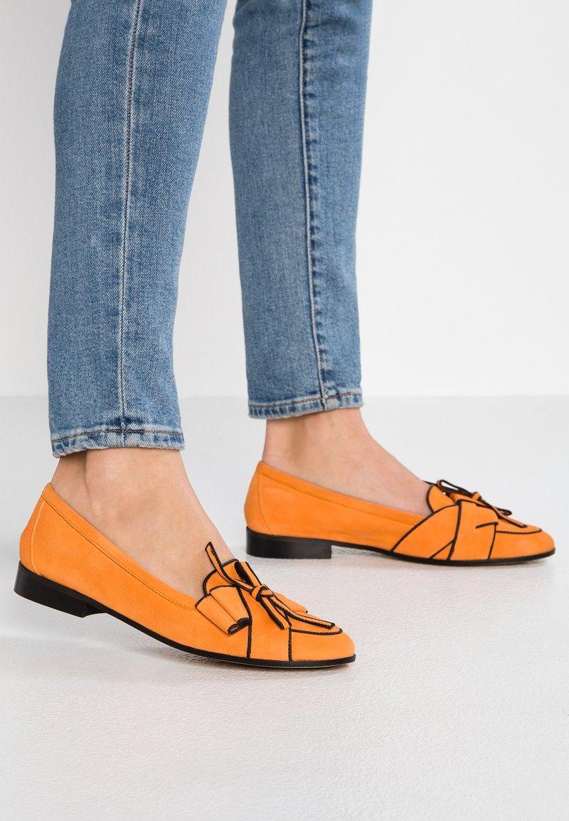 Lamica - NEVE - Loafers - orange