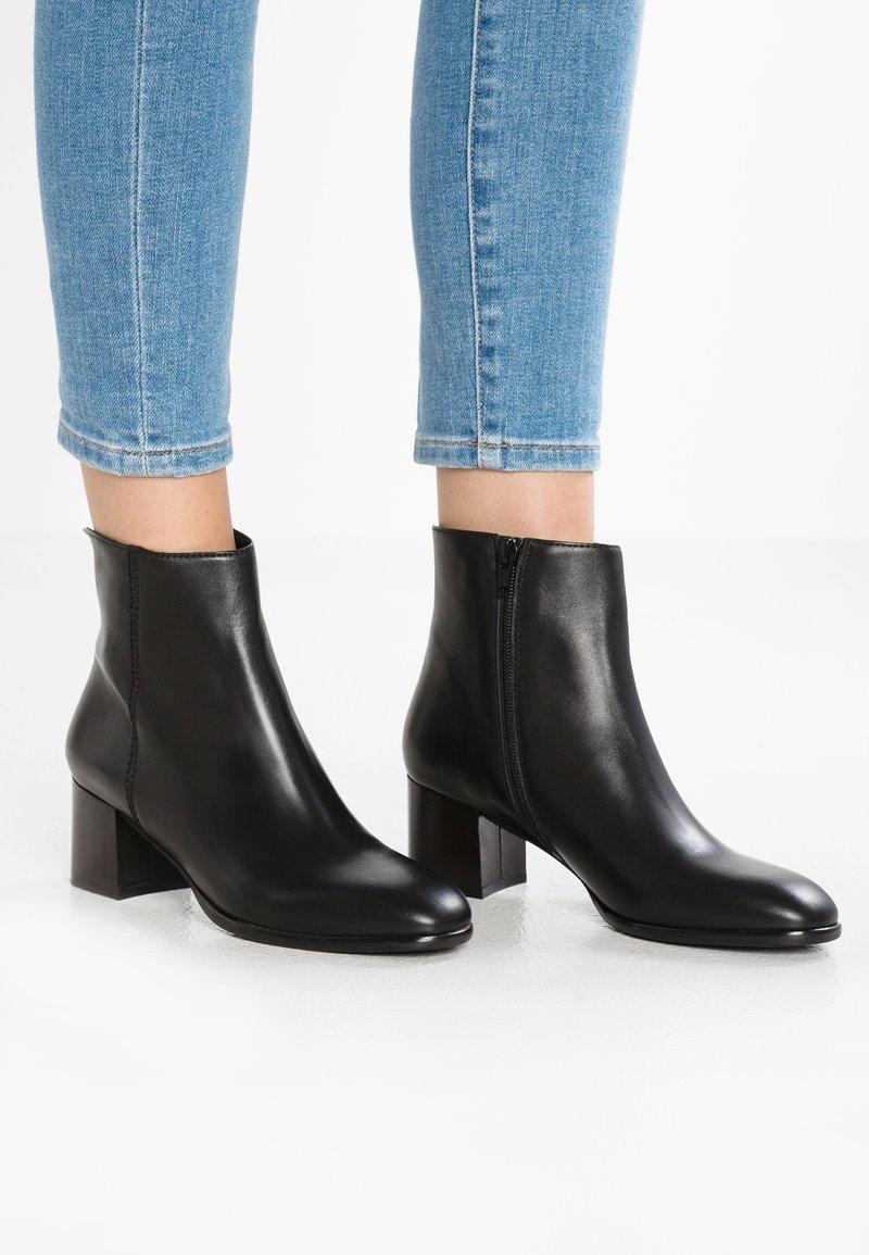Lamica - QUETTA - Classic ankle boots - nero