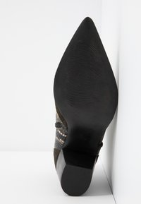 Lamica - USELE - Ankle boots - kaky/bosco - 6