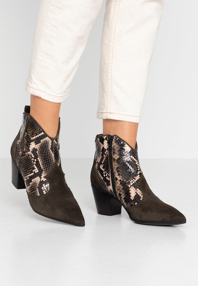 USELE - Ankle Boot - kaky/bosco