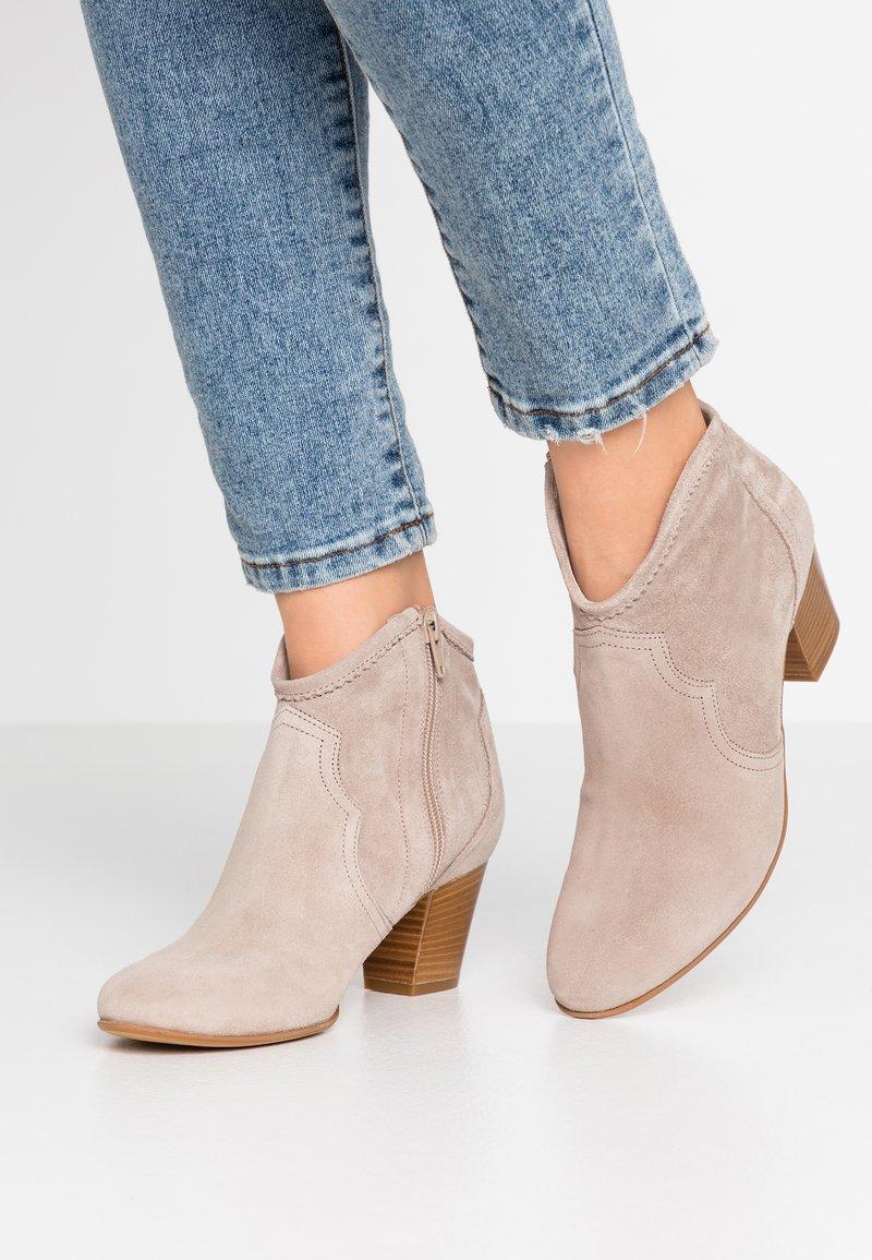 Lamica - LEGH - Ankle boots - battigia