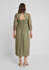 Little Mistress Maternity - LAURIE CROCHET DRESS - Maxi dress - khaki - 3