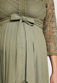 Little Mistress Maternity - LAURIE CROCHET DRESS - Maxi dress - khaki - 6