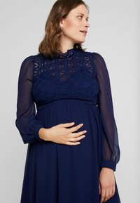 Little Mistress Maternity - SACHA LONG SLEEVE MIDI DRESS - Sukienka koktajlowa - navy - 5