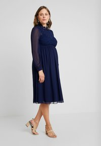Little Mistress Maternity - SACHA LONG SLEEVE MIDI DRESS - Sukienka koktajlowa - navy - 2