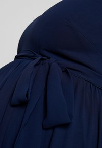 Little Mistress Maternity - EXCLUSIVE ROSE V NECK DRESS - Suknia balowa - navy - 5