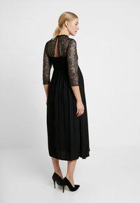 Little Mistress Maternity - GUNMETAL AND PLEATED HEM DRESS - Robe de cocktail - black - 3