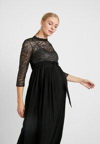 Little Mistress Maternity - GUNMETAL AND PLEATED HEM DRESS - Robe de cocktail - black - 4