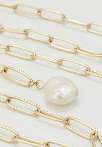 Leslii - Necklace - gold-coloured - 4