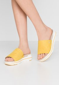 LOVE OUR PLANET by MARCO TOZZI - Slip-ins - yellow - 0