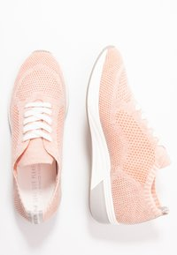LOVE OUR PLANET by MARCO TOZZI - Trainers - powder - 3