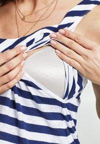 Love Milk Maternity - Jerseyklänning - white - 3