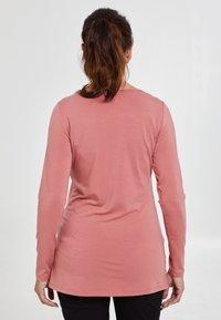 Love Milk Maternity - Långärmad tröja - salmon - 2