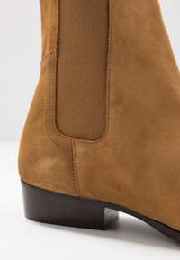 LAST STUDIO - FACHNAN - Classic ankle boots - whisky - 5