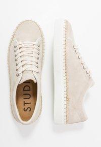 LAST STUDIO - AHMAD - Sneakers basse - beige - 1