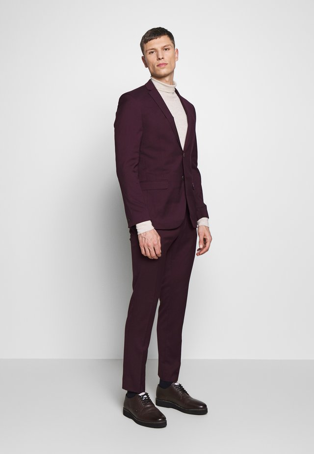 SUIT SLIM FIT - Suit - bordeaux