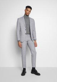 Limehaus - WINDOWPANE SUIT - Kostuum - grey - 0