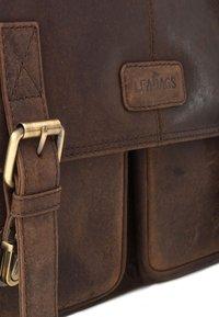 Leabags - CAMBRIDGE - Across body bag - mottled brown - 5