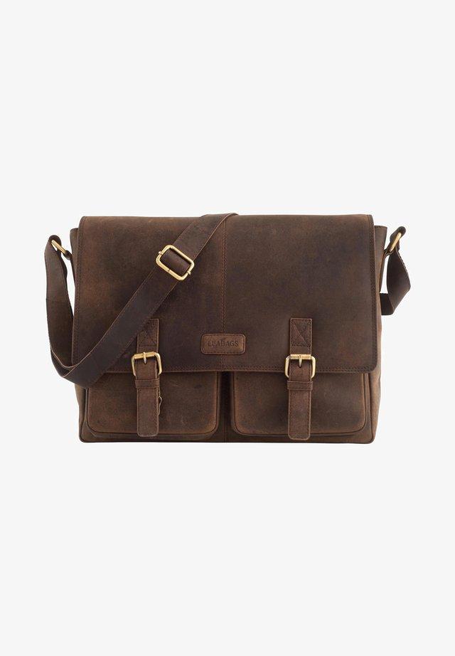 CAMBRIDGE - Across body bag - mottled brown