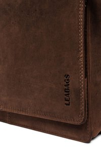 Leabags - LONDON - Across body bag - light brown - 3