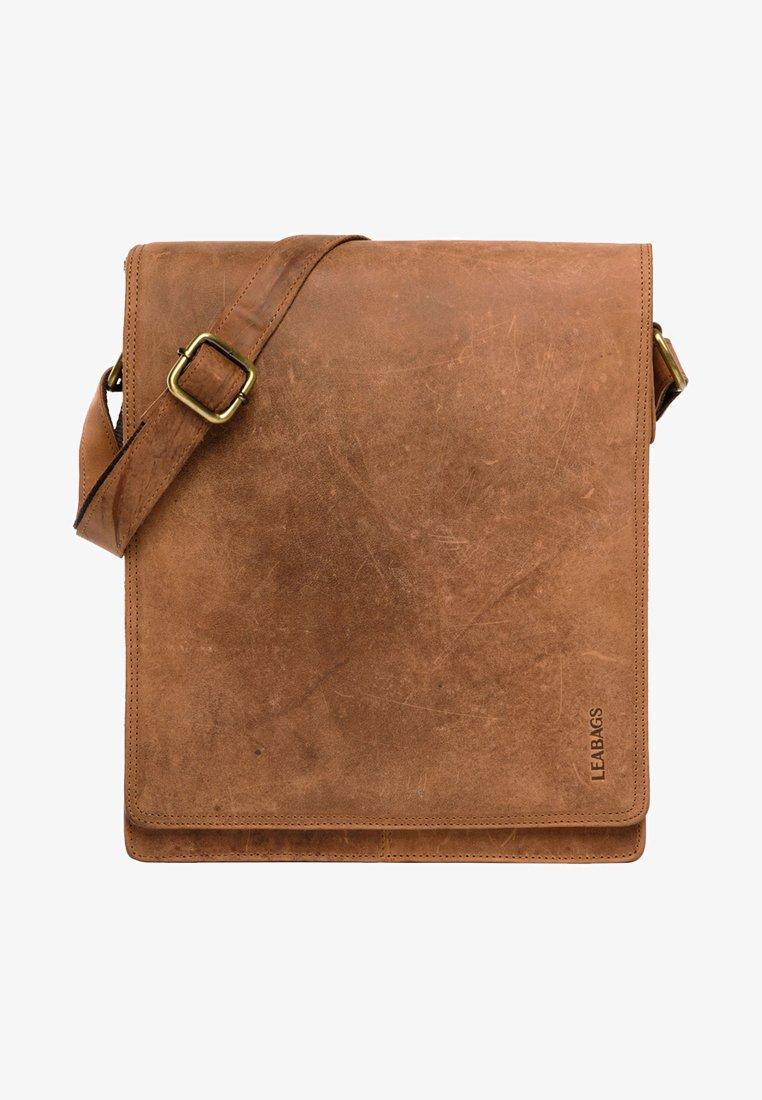 Leabags - LONDON - Across body bag - brown