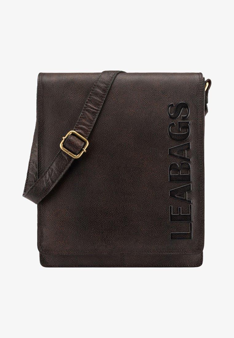 Leabags - LONDON - Across body bag - mottled berry