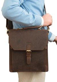 Leabags - EDINBURGH - Across body bag - brown - 1