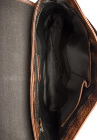 Leabags - EDMONTON - Across body bag - brown - 4
