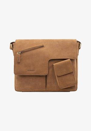 MANCHESTER - Across body bag - brown