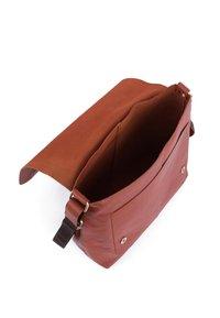 Leabags - Across body bag - cognac - 4