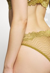 Lonely - BONNIE BRIEF - Briefs - chartreuse - 4
