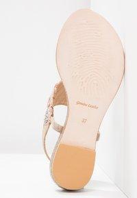 Lazamani - T-bar sandals - nude - 5