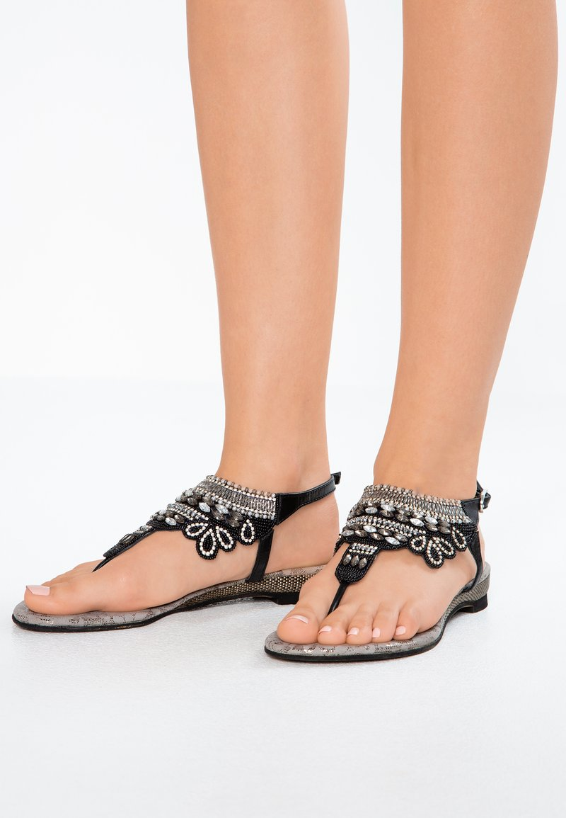Lazamani - T-bar sandals - black