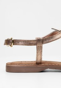 Lazamani - T-bar sandals - copper - 2