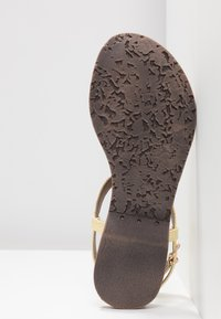 Lazamani - T-bar sandals - yellow - 6
