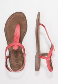 Lazamani - Sandály s odděleným palcem - coral - 3