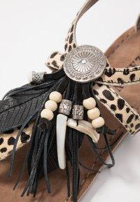 Lazamani - Sandály s odděleným palcem - dalmatian - 2