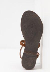 Lazamani - T-bar sandals - cognac - 6