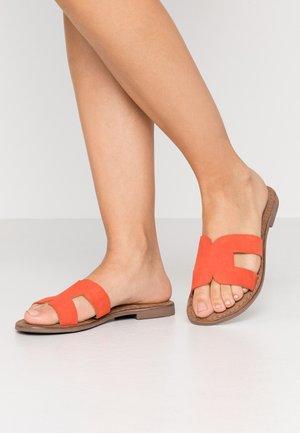 Pantofle - orange