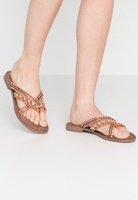 Lazamani - T-bar sandals - tan - 0