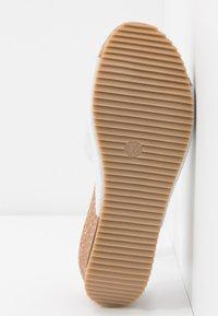 Lazamani - Pantofle na podpatku - bianco - 6
