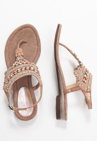 Lazamani - Sandály s odděleným palcem - nude - 3