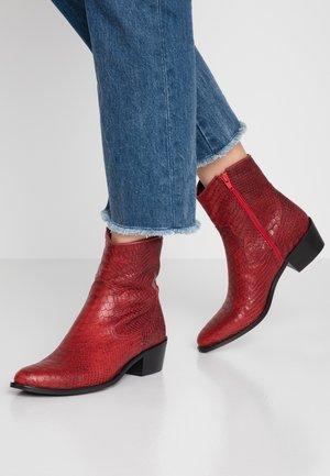 Kovbojské/motorkářské boty - red