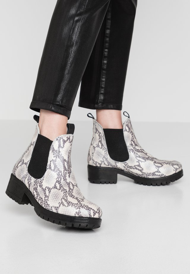Ankle boots - bone