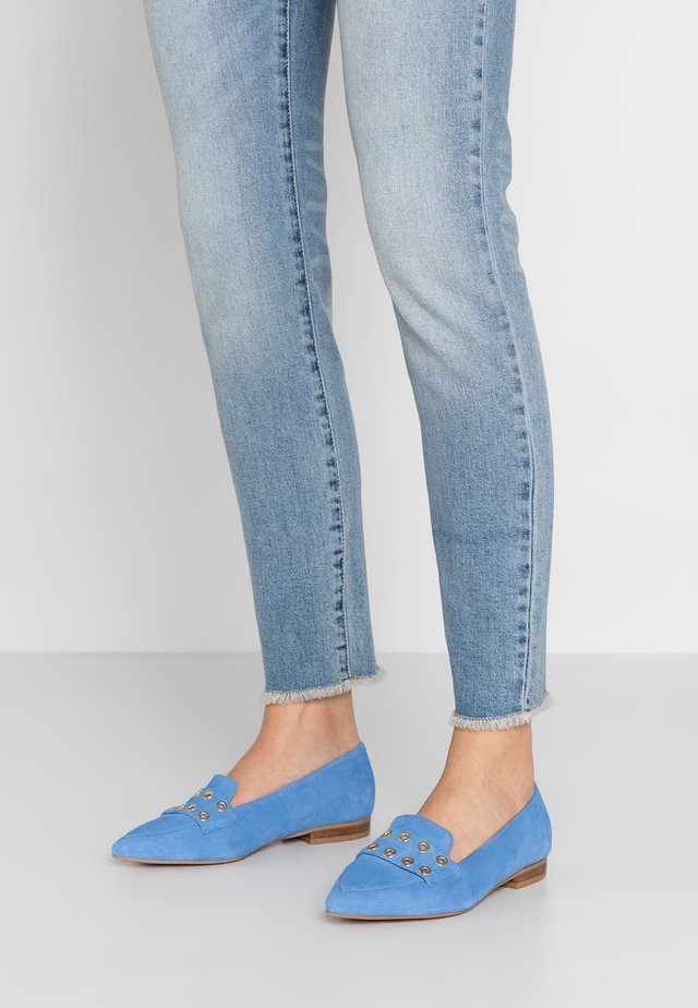 ONE BY ONE WIDE FIT - Slip-ons - light blue